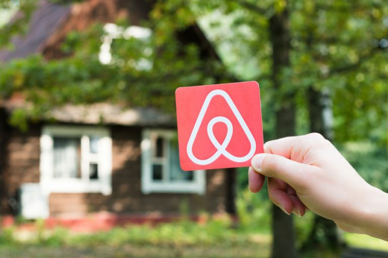 Airbnb gets $200 million boost for apartment business that resembles hotels