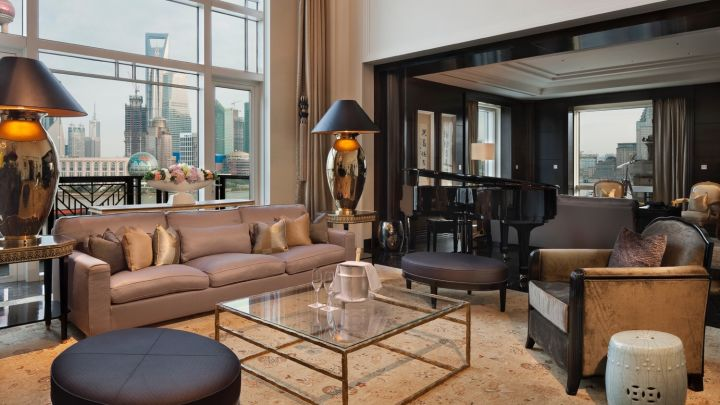 Check out the Shanghai luxury suite that costs $22,000 per night [Infographic]