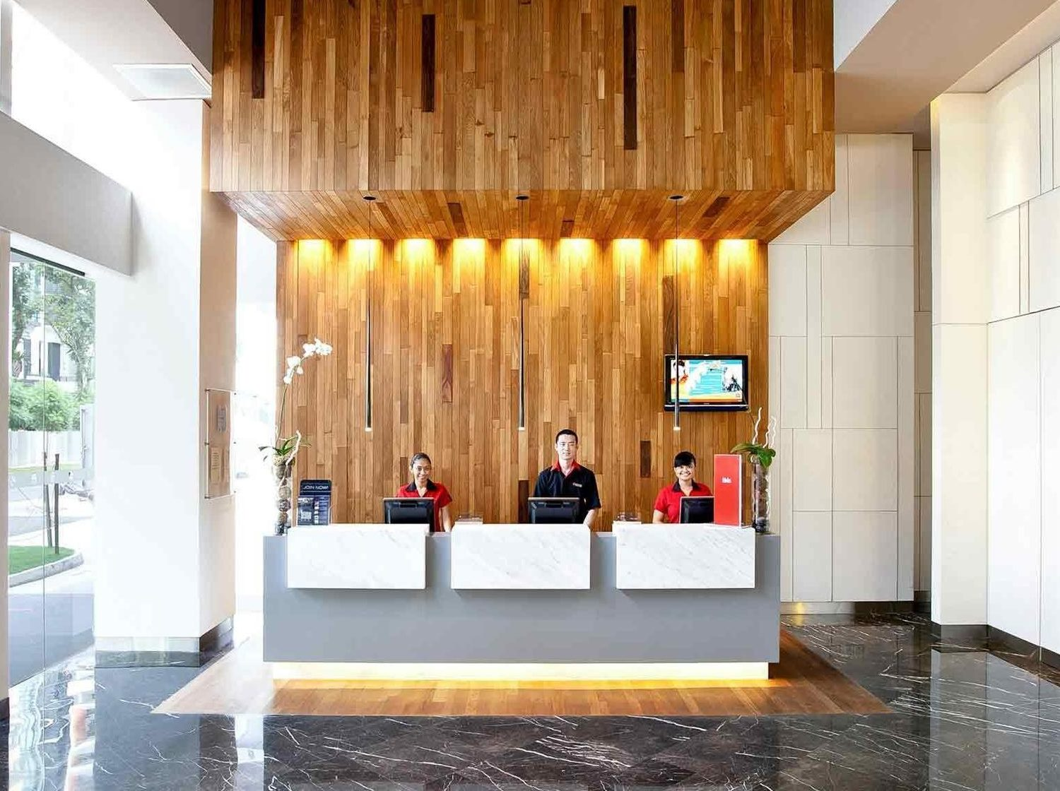 Ibis brands remodel guest experience