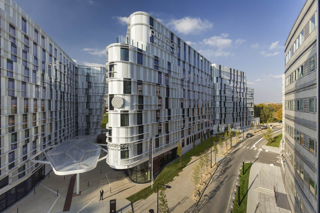 Airport hotels flying high with new Ibis Styles and Pullman at Charles de Gaulle