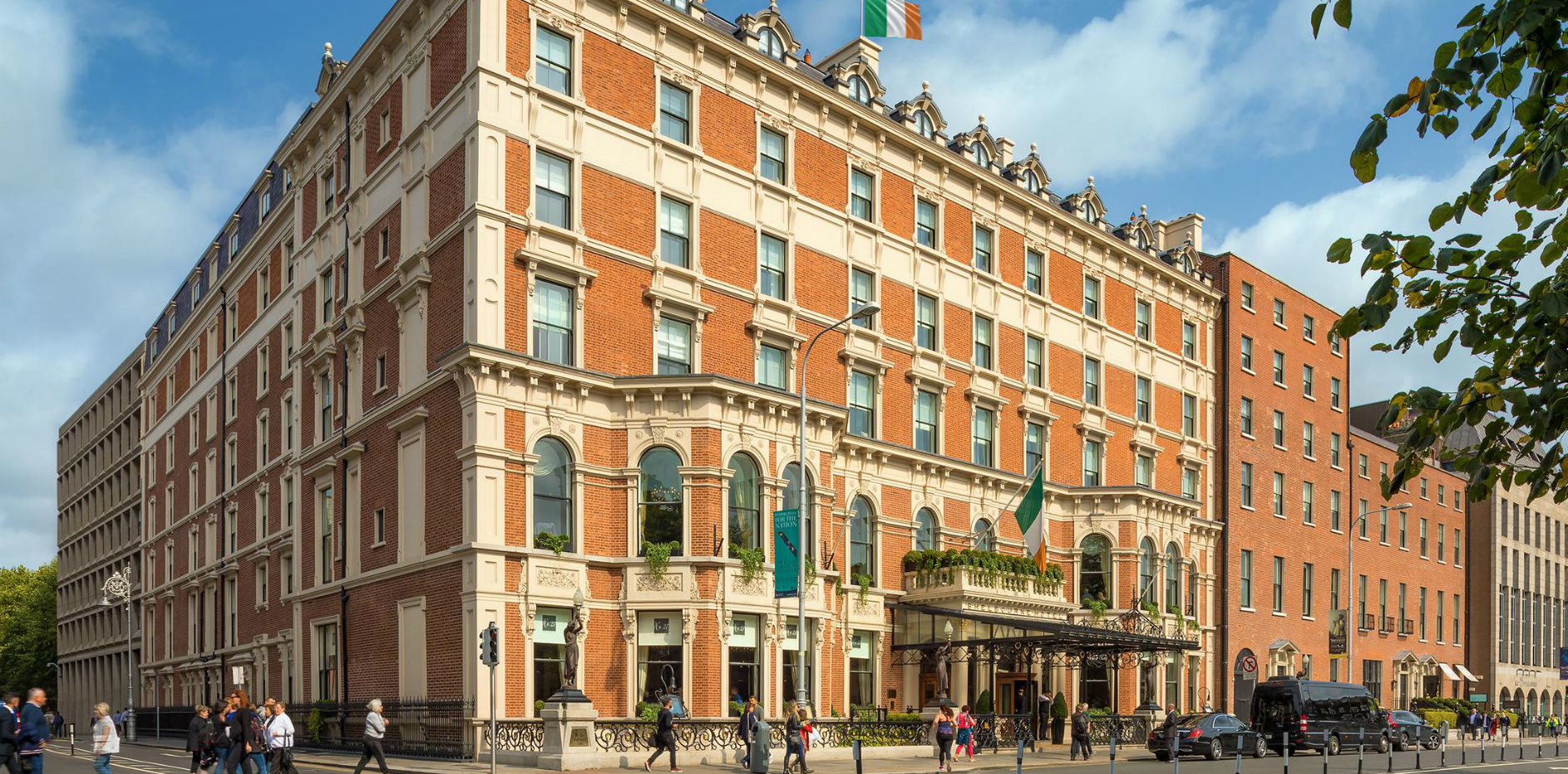 Hotel in Ireland adds feature that helps guests track down family roots
