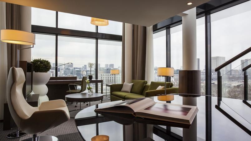Tom Dixon dramatically overhauls The Pullman Paris Centre-Bercy