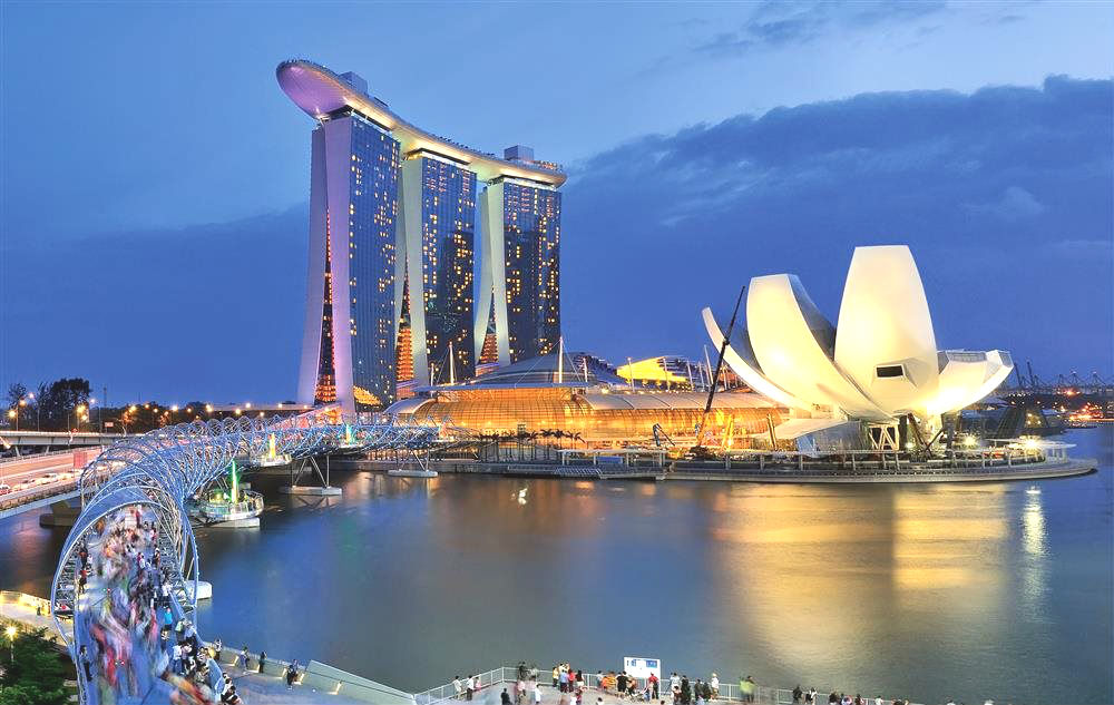 $6.6b dollar investment announced for Singapore's two integrated resorts