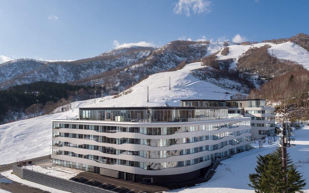 Wilson Associates revela un nuevo hotel y condominio de lujo en un resort de esquí japonés