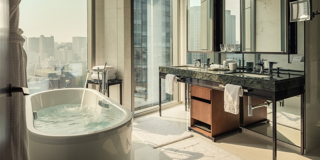 Kaldewei Meisterstücke: Designer bathtubs and washbasins for premium hotel accomodations