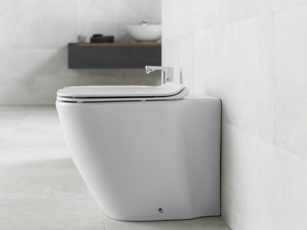 The Rimless NK-Clean toilet: technology which cleans efficiently