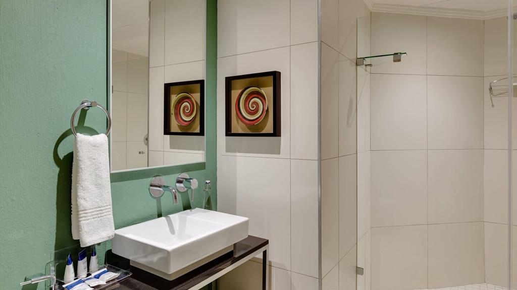 durur-bathroom-0070-hor-wide