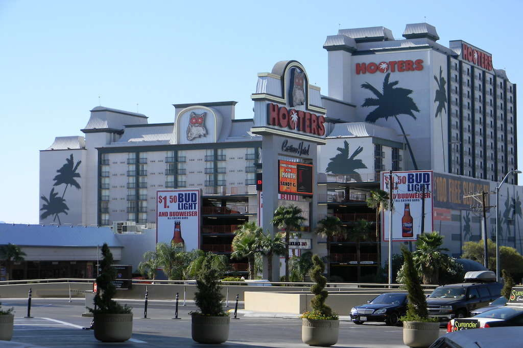 India's Oyo Hotels continues rapid growth, acquires Vegas Hooters in $135M deal