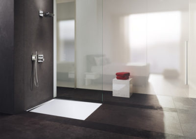 Kaldewei Nexsys shower surface in Alpine White with brushed stainless steel design cover