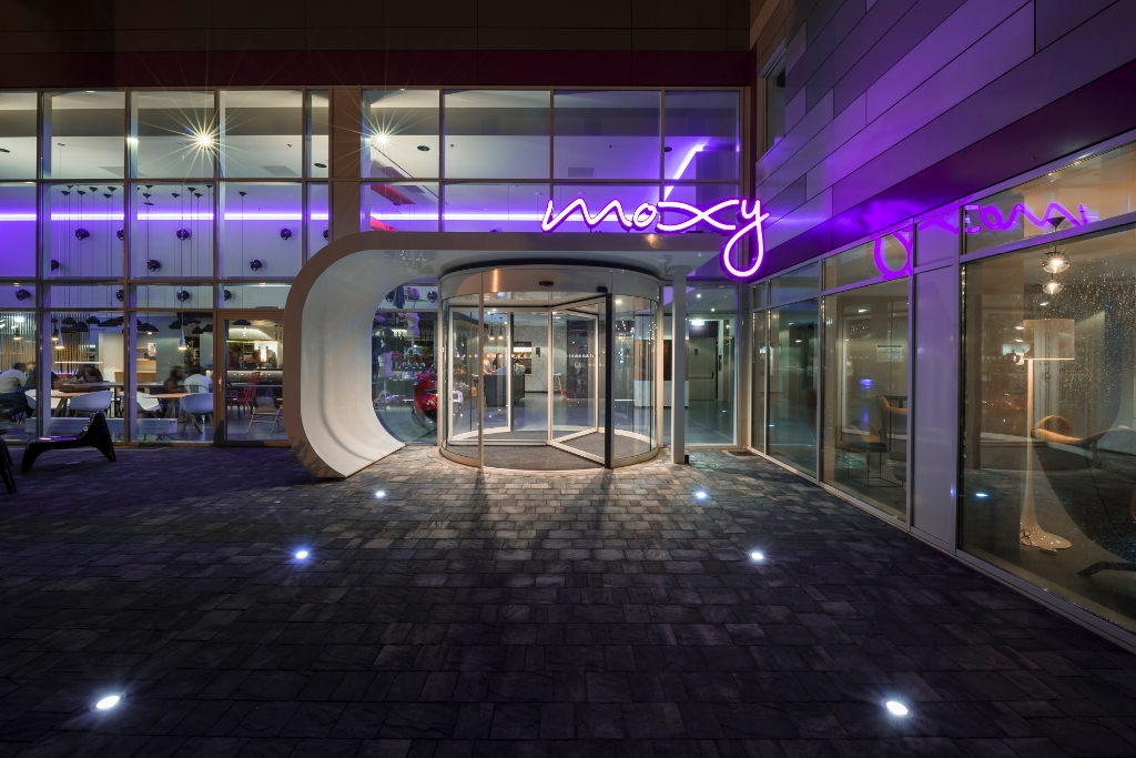 TOPHOTELCONSTRUCTION brand focus: Moxy Hotels aiming high