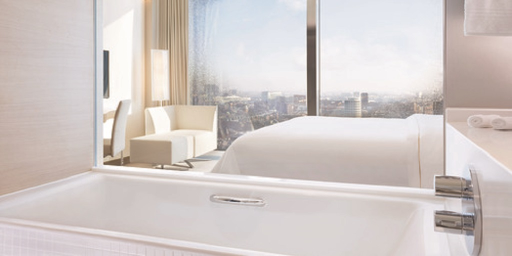 Hello, hotels! What business and leisure travellers want