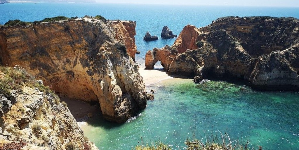 Invest in Portugal: A poetic and charming European country