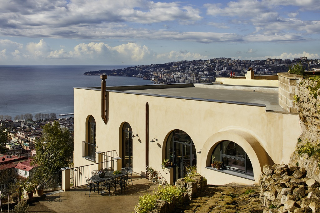 Above the roofs of Naples: Ruined monastery restored to life
