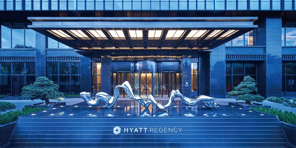 Hyatt Regency Lanzhou opens next to China's Yellow River [Construction Report]