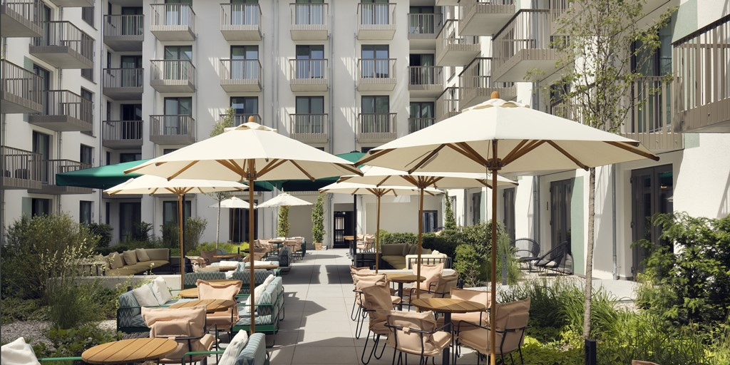 Eye-catching Schwan Locke aparthotel opens in Munich
